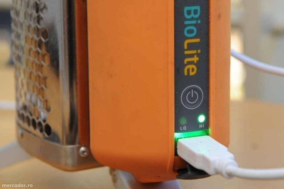 cocina para campamento donde además puedes cargar tu celular- usb