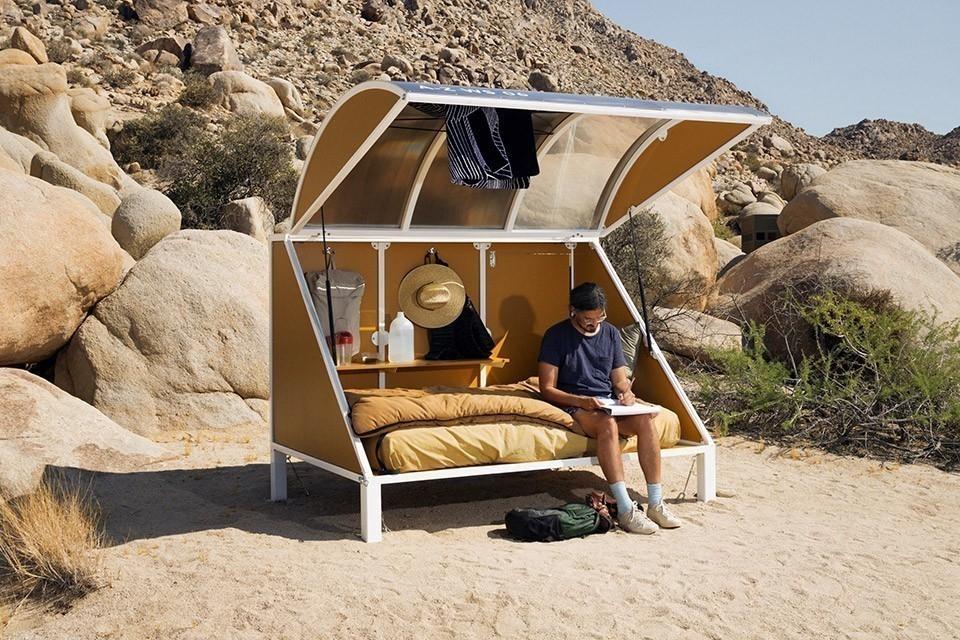 Andrea Zitte- campamento en el desierto de California