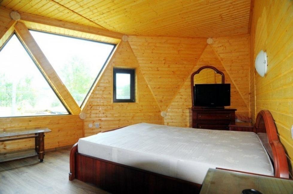 Casas geodésicas construidas con poco dinero- habitación