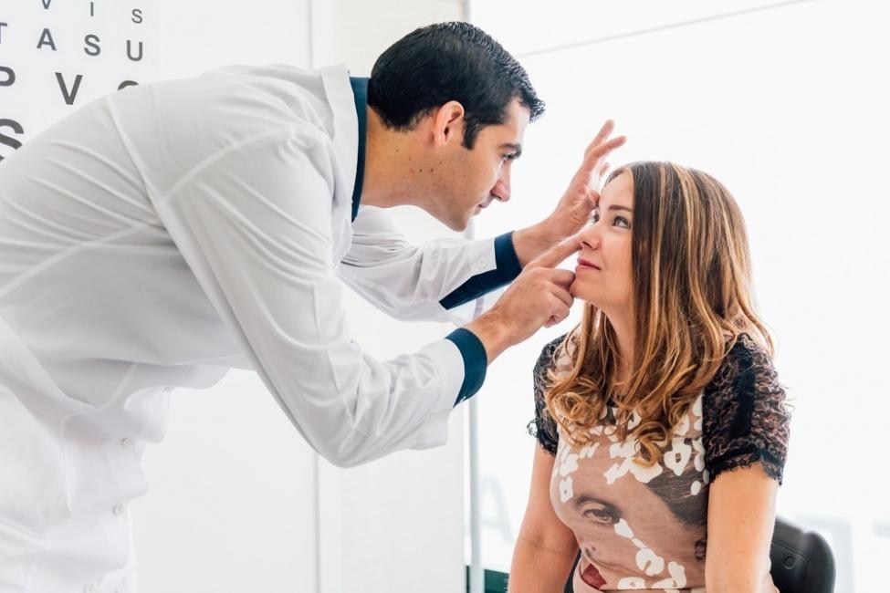 oftalmólogo - reducir fatiga de los ojos