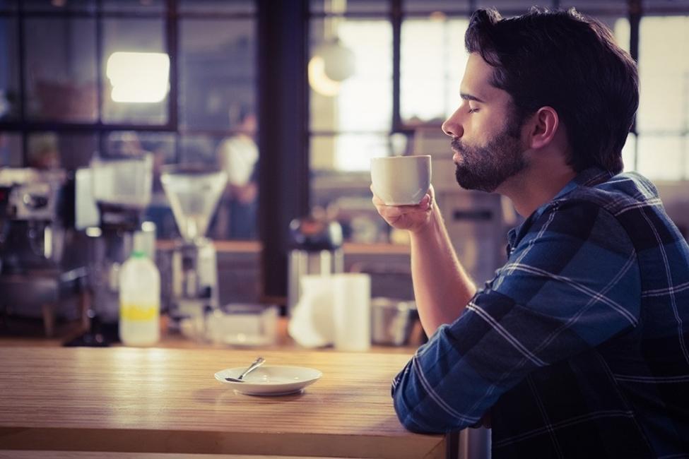 Deshinchar el abdomen - evita el café