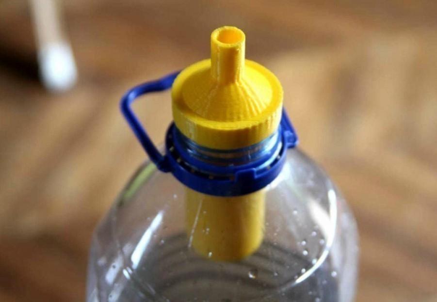 Un tapón de bajo costo para filtrar agua