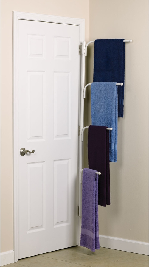 traditional-towel-bars-and-hooks