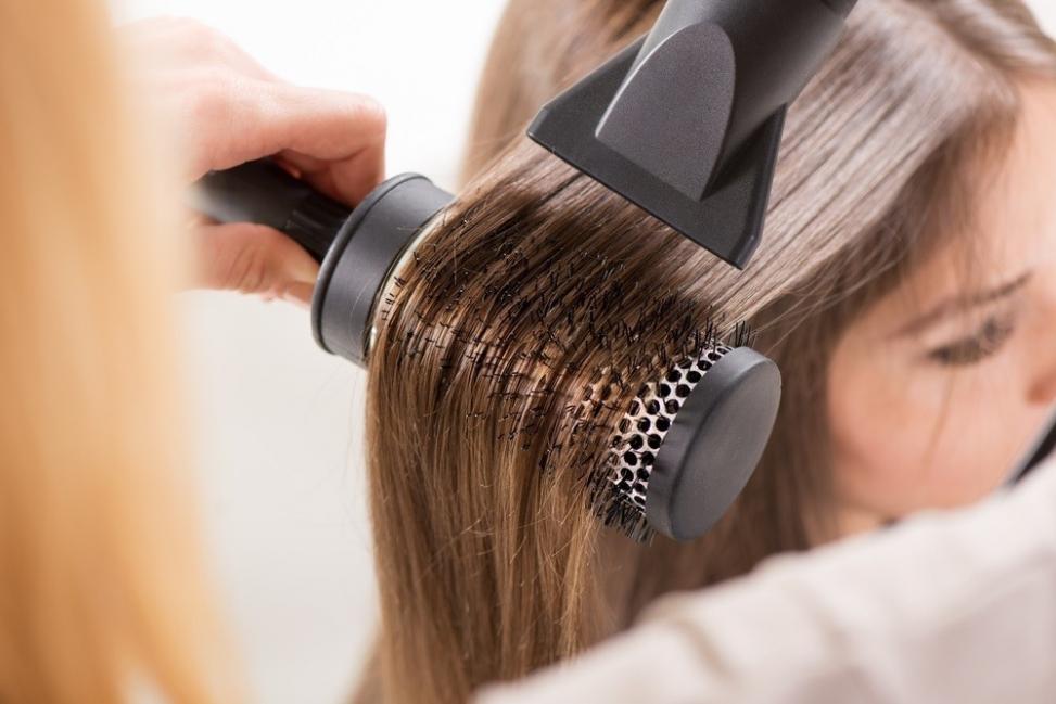 Cómo proteger el cabello de los daños de la planchita y el secador ...