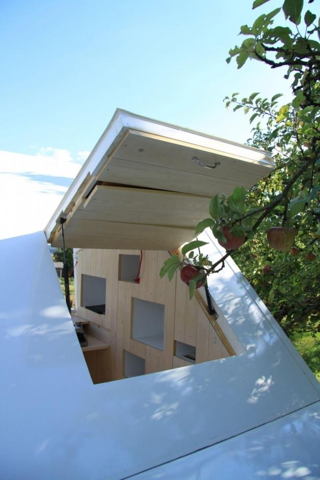 casa que desafía todas las concepciones de diseño en espacios pequeños- ventana