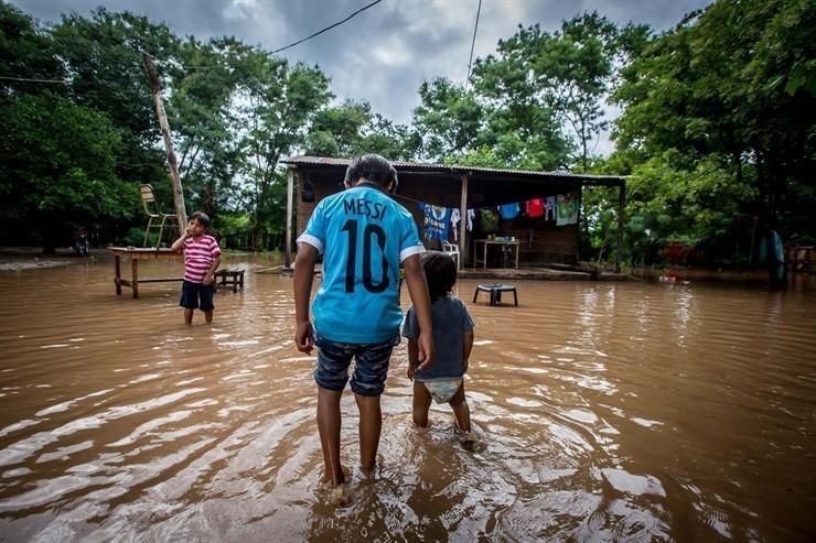 Hay más de 10.000 evacuados