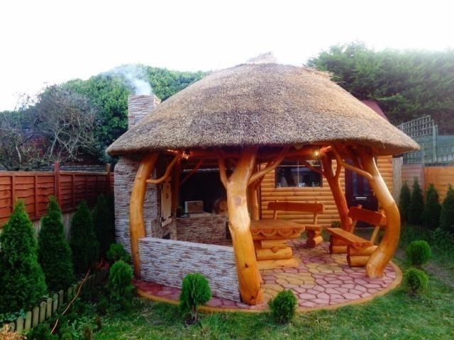 gazebos africanos- modelo de madera- Rincones cubiertos para disfrutar del aire libre