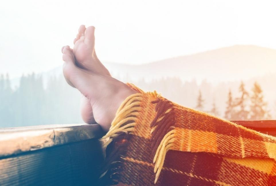 frío en los pies y cómo calentarlos