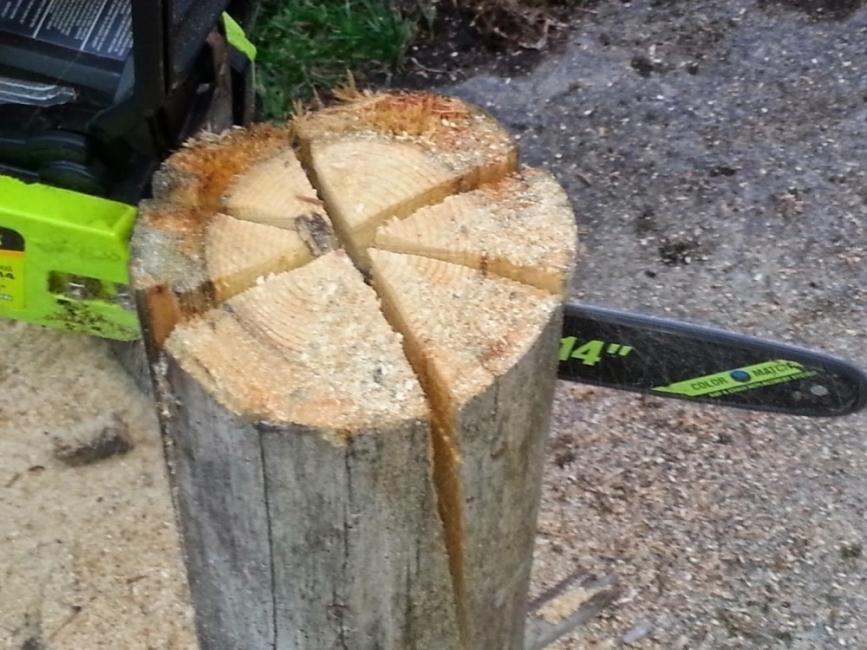 Transformar un tronco en una cocina de exterior - cortar tronco