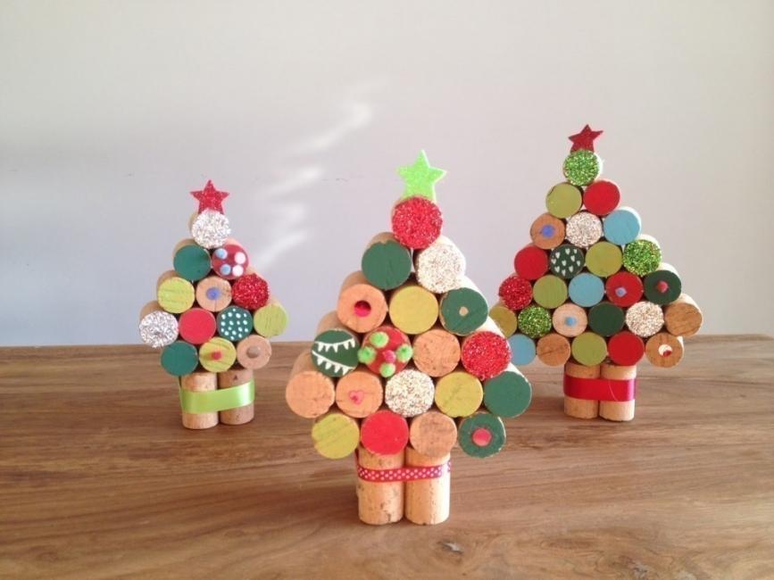 Árboles de Navidad para espacios pequeños - corcho