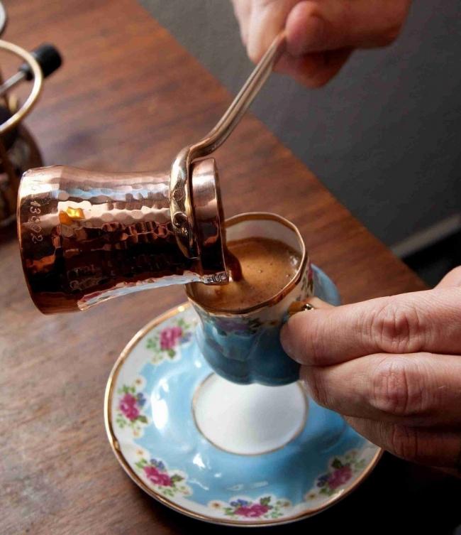 leer borra de café turco