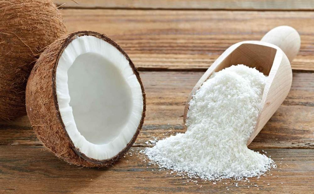 Helados sin gluten de frambuesa y coco - coco rallado