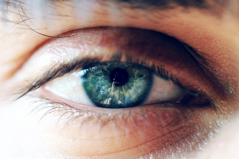 Qué dice el color de tus ojos sobre tí - azul verdoso