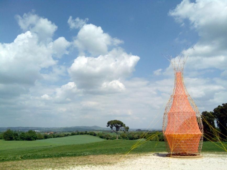 Warka Water - torre de bambú que produce agua