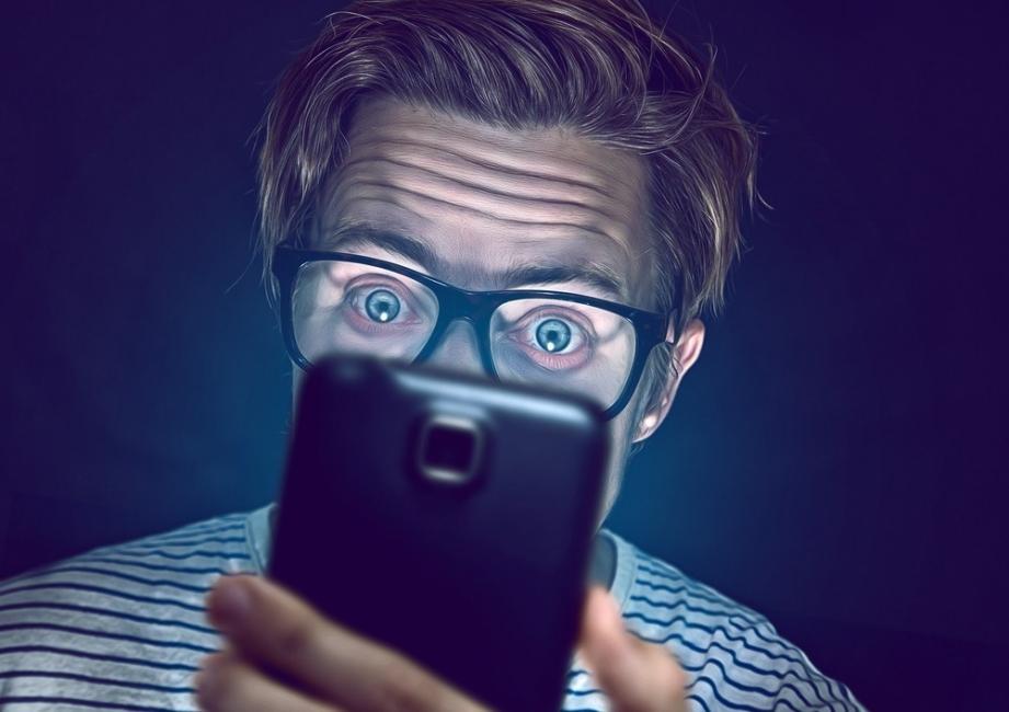 adicto al telefono movil