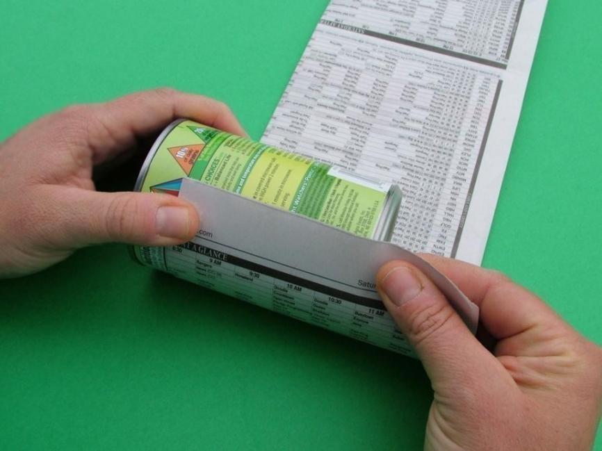 hacer sencillas macetas biodegradables- envolver