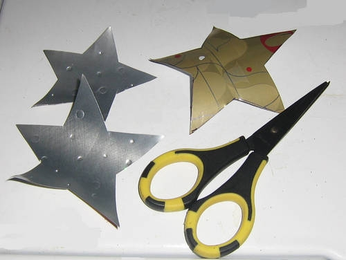 6-cutting_out_stars