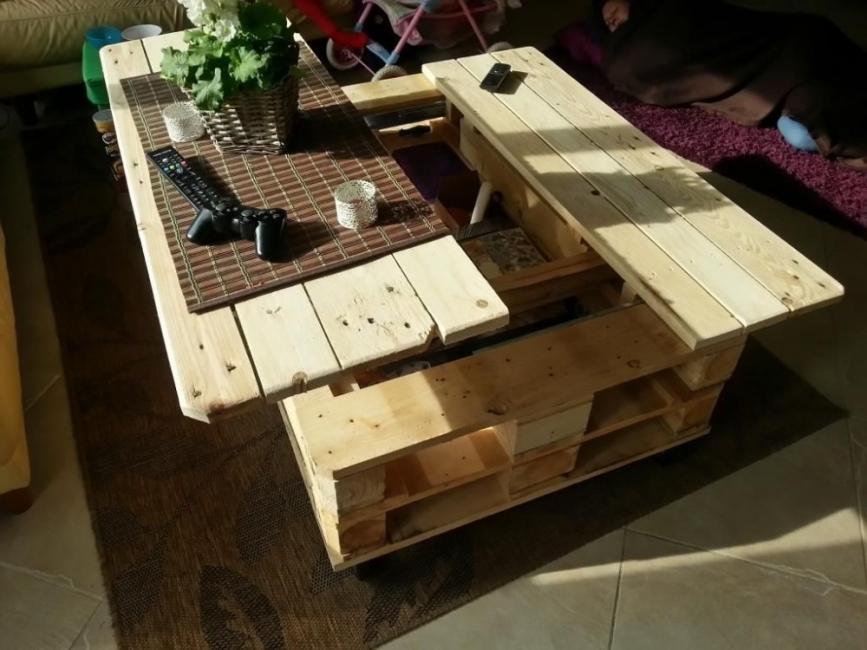 Ingeniosa mesa multifuncional elevable de palet